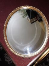"VINTAGE BEVEL EDGE HEAVY OVAL MIRROR WITH ORNATE GILT WOODEN FRAME 16"" x 13"""